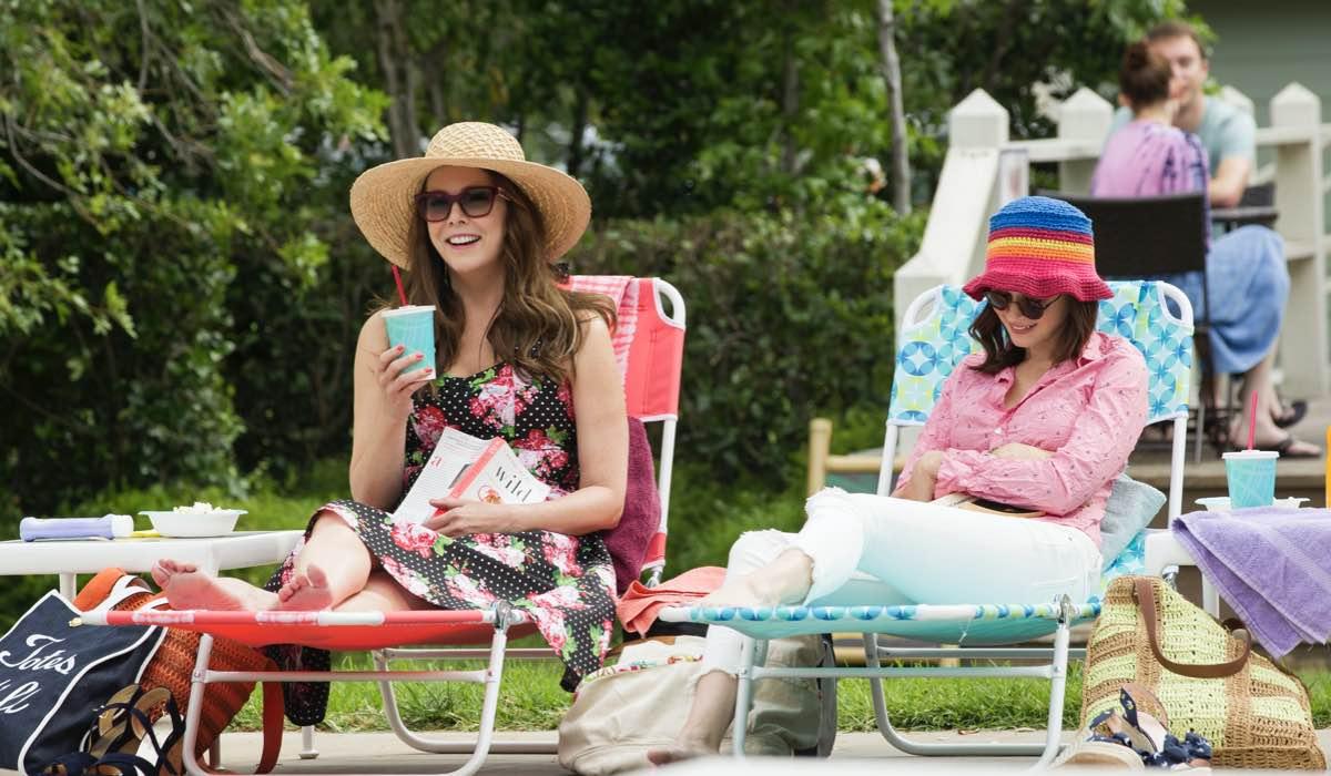 Lauren Graham E Alexis Bledel In Una Mamma Per Amica Di Nuovo Insieme. Credits: Saeed Adyani/Netflix