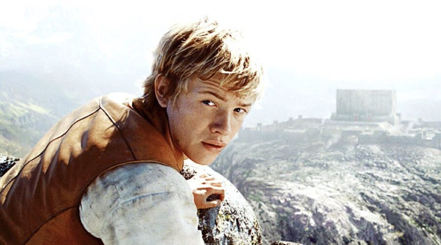 Edward Speleers Nel Film Eragon del 2006. Credits: TM And Copyright ©20th Century Fox Film Corp. All rights reserved./ Courtesy Everett Collection