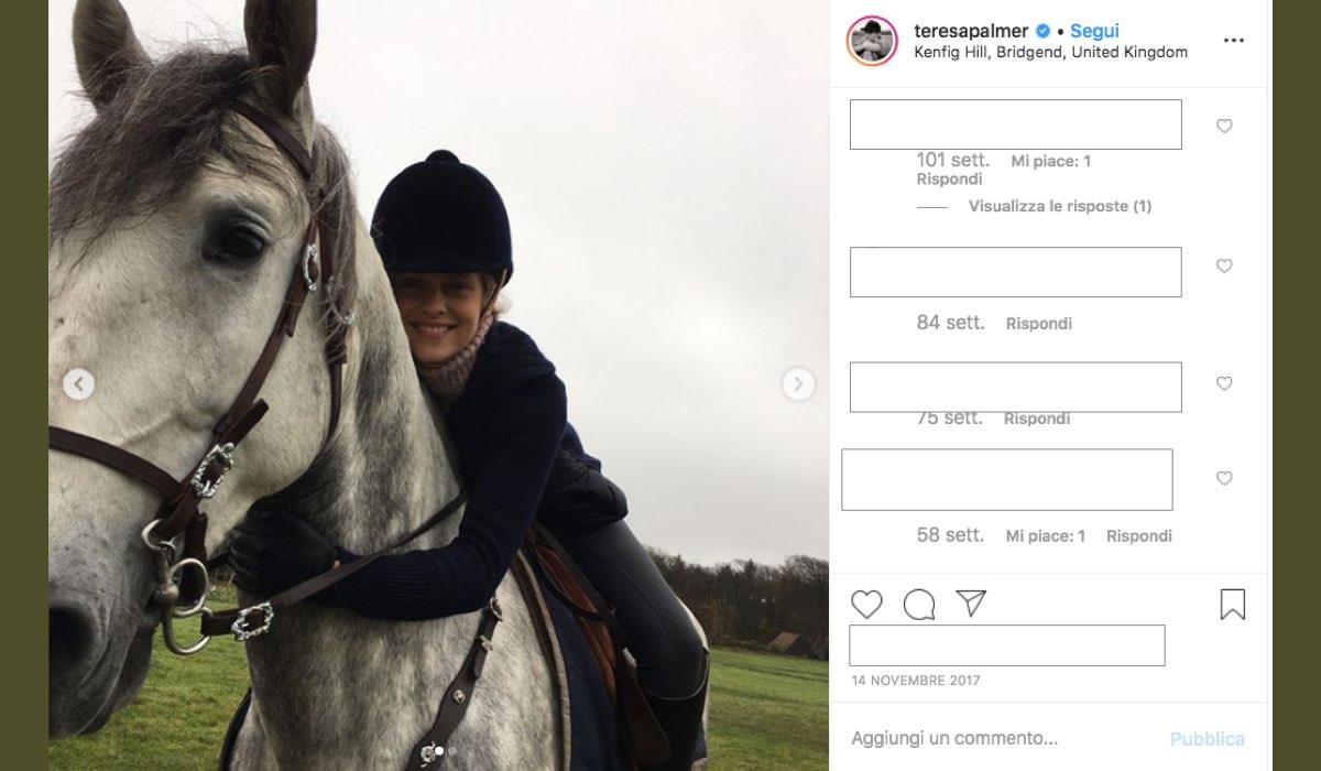 Teresa Palmer è Diana ne A Discovery of Witches, qui in una foto pubblicata dalla attrice sul suo profilo Instagram verificato il 14 novembre 2017