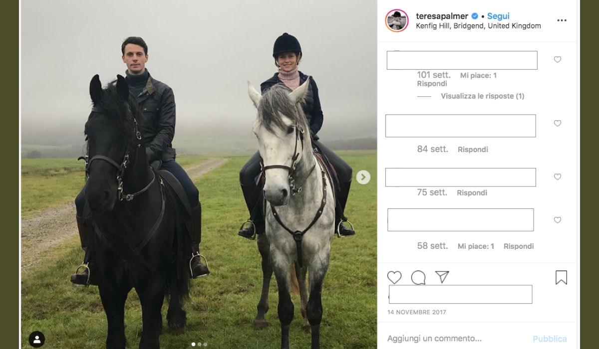 Teresa Palmer e Matthew Goode sono nel cast di A Discovery of Witches, qui in una foto pubblicata dalla attrice sul suo profilo Instagram verificato il 14 novembre 2017