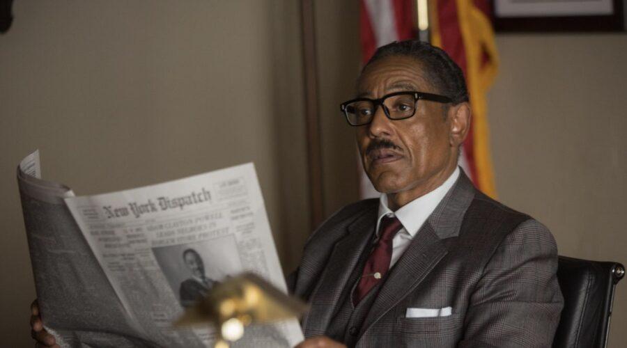 Giancarlo Esposito in una scena di Godfather of Harlem. Credits: Disney Plus.