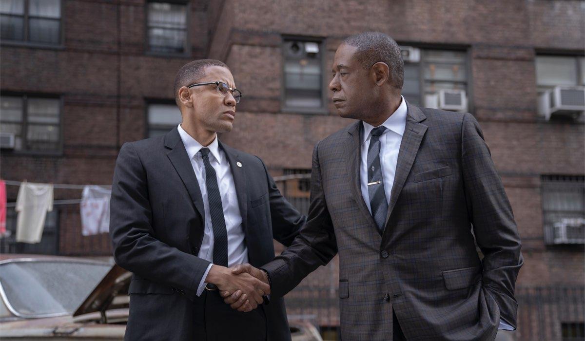 Da sinistra: Malcolm X (Nigél Thatch) e Bumpy (Forest Whitaker) in una scena di Godfather of Harlem. Credits: Disney Plus.