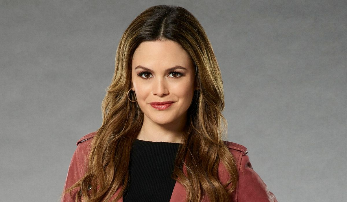 Rachel Bilson in Take Two Credits Paramount Channel e ABC