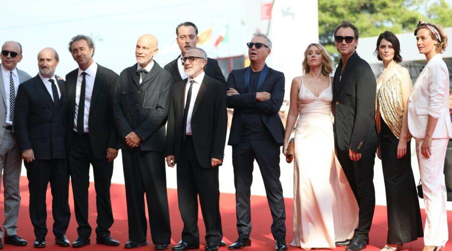 Il cast di The New Pop alla 75esima Mostra del Cinema di Venezia, Credits Tristan Fewings e Getty Images