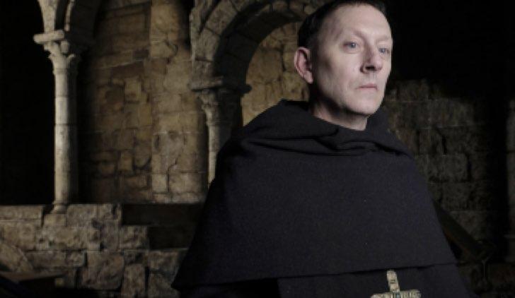 L'abate Abbone (Michael Emerson) Il nome della rosa Credits RAI