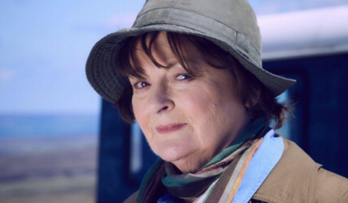 Brenda Blethyn in Vera 10 Credits ITV
