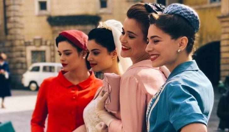 Il paradiso delle signore Elena sposa con Tina, Roberta e Gabriella Credits RAI