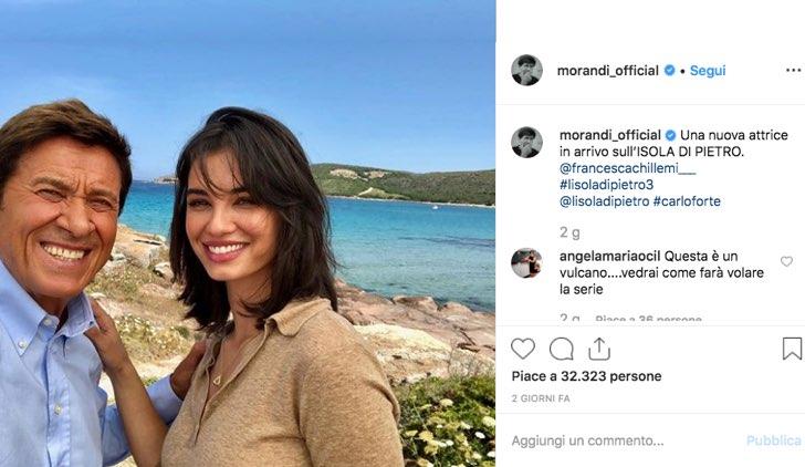 L'Isola di Pietro 3 Francesca Chillemi sul set foto pubblicata sull'account Instagram ufficiale di Gianni Morandi