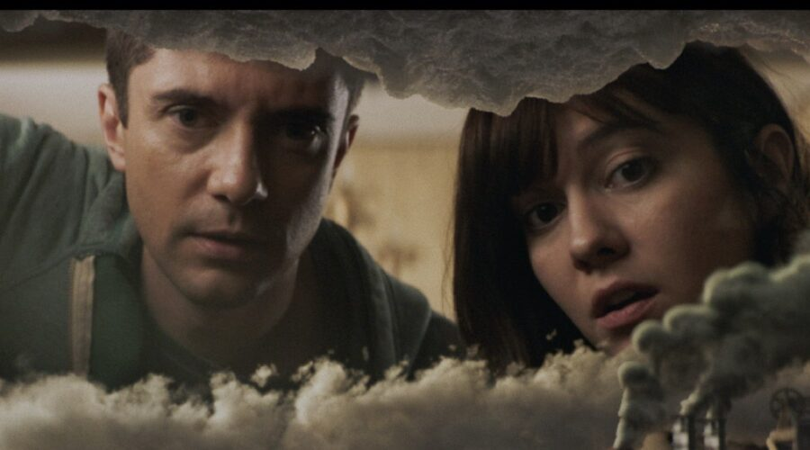 Topher Grace e Mary Elizabeth Winstead In Love Death And Robots. Credits: Netflix