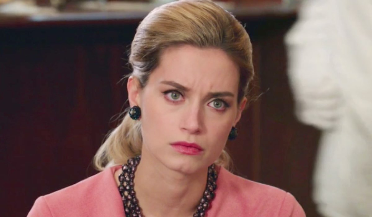 Giulia Arena è nel cast di Bella da morire, qui ne Il Paradiso delle Signore Daily 2 nella parte di Ludovica Brancia di Montalto Credits RAI
