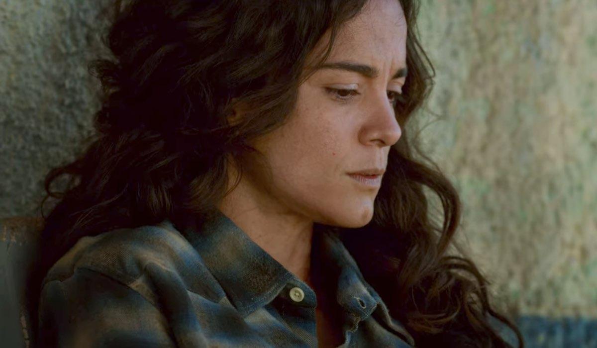 Regina del Sud Alice Braga nei panni di Teresa Mendoza in una scena del pilot Credits Netflix