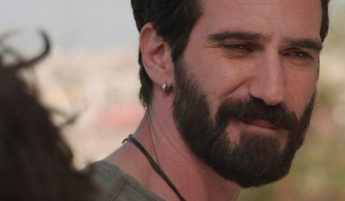 Rosy Abate 2 Mario Sgueglia che interpreta Luca Bonaccorso scene dalla clip Dietro Le Quinte pubblicata su Mediaset Play Credits Mediaset