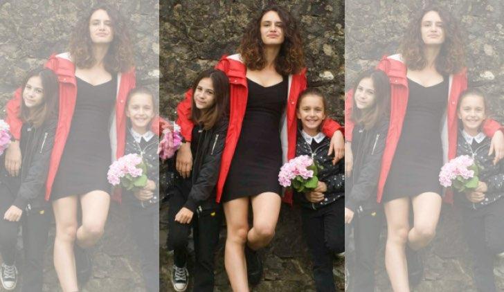 Volevo fare la rockstar Olivia con Emma e Viola Credits RAI