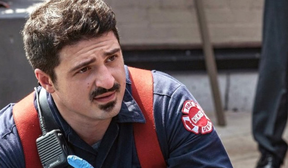 Yuri Sardarov in Chicago Fire Credits NBC e Mediaset