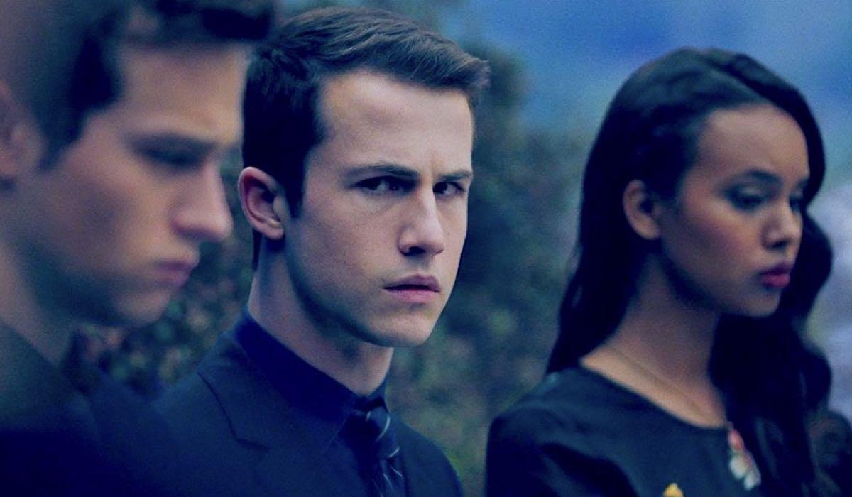 Brandon Flynn, Dylan Minnette e Alisha Boe sono Justin, Clay e Jessica in una scena del trailer di Tredici 3 stagione credits Netflix