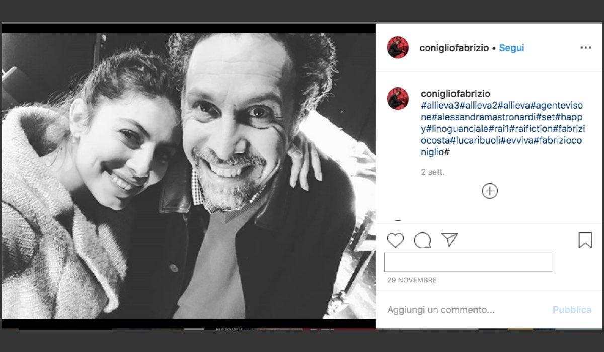 Fabrizio Coniglio nel cast de L'Allieva 3 qui in un selfie con Alessandra Mastronardi condiviso sul suo profilo Instagram