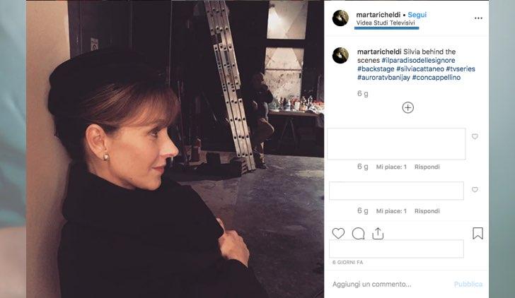 Il Paradiso delle Signore4 Marta Richeldi sul set nel ruolo di Silvia Cattaneo foto pubblicata dall'attrice sul suo profilo Instagram
