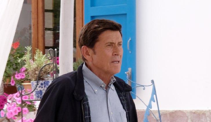 L'Isola di Pietro 3 stagione sesta puntata con GIANNI MORANDI che è PIETRO Credits Mediaset