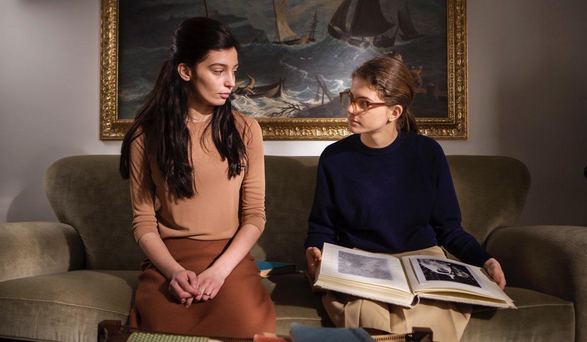 L'amica geniale 2 Storia del nuovo cognome Gaia Girace e Margherita Mazzucco photo by Eduardo Castaldo Credits RAI e Nexo Digital