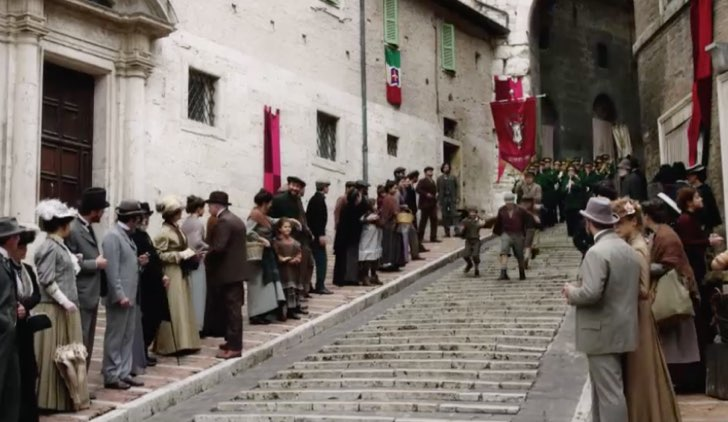 Luisa Spagnoli fiction RAI scena a Perugia nel 1900 Credits RAI