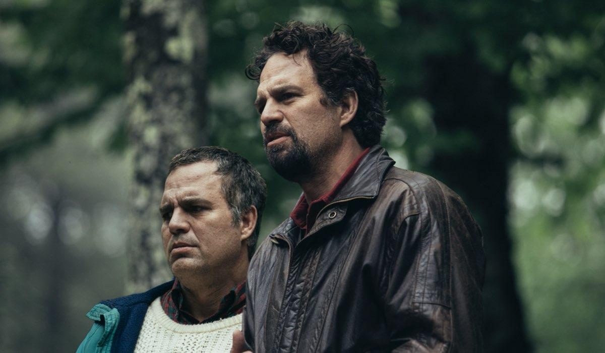 Mark Ruffalo nelle doppie vesti in Un Volto Due Destini. Credits HBO e Sky Italia