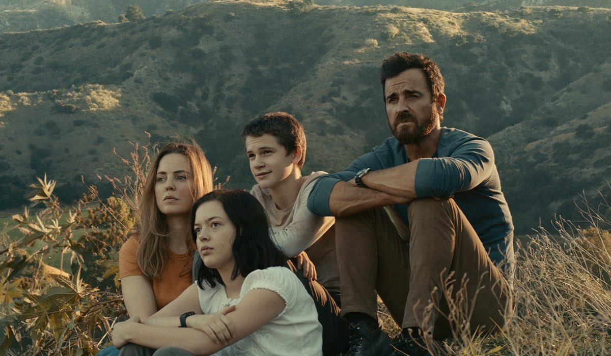 Justin Theroux, Melissa George, Logan Polish e Gabriel Bateman In The Mosquito Coast.Credits: Apple Tv Plus