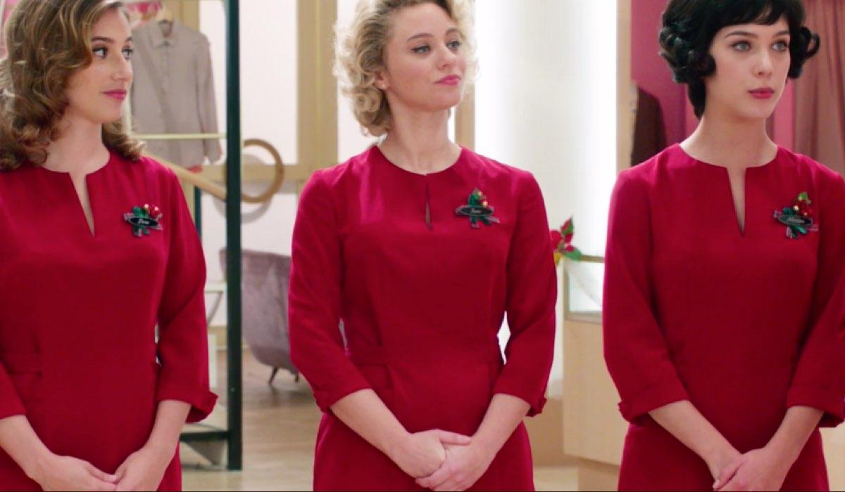 Il Paradiso delle Signore 4 Dora, Irene e Marina con la divisa natalizia nella puntata 44 Credits RAI
