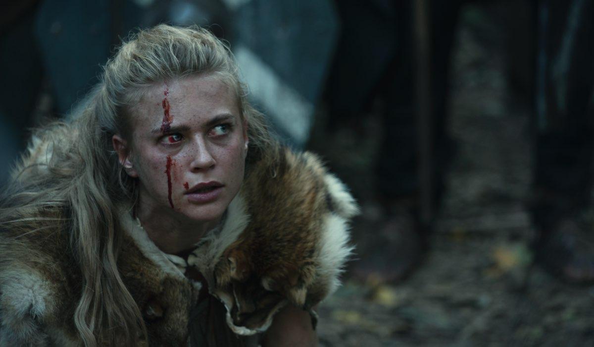 Jeanne Goursaud (Thusnelda) in una scena di Barbari. Credits: Katalin Vermes/Netflix.