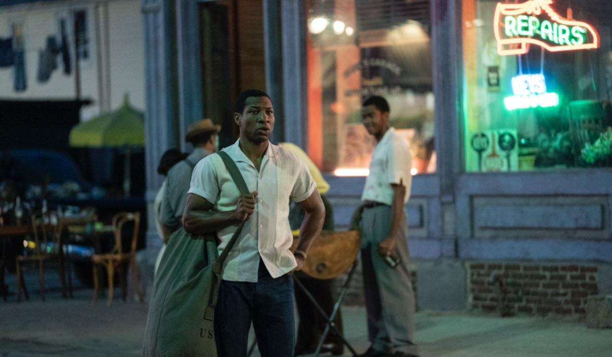 Jonathan Majors nei panni di Atticus in Lovecraft Country. Credits HBO via Sky Italia