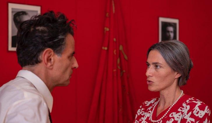 Storia di Nilde con Anna Foglietta che è Nilde Iotti e Vincenzo Amato che è Enrico Berlinguer Credits RAI