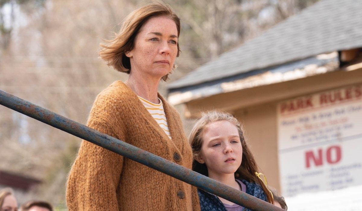 The Outsider serie tv tratta dal libro di Stephen King, qui Julianne Nicholson nei panni di Glory Maitland Credits HBO e SKY