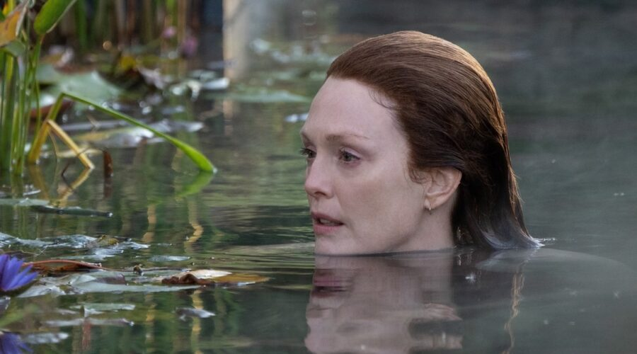 Julianne Moore (Lisey) In Lisey's Story. Credits: Apple Tv Plus