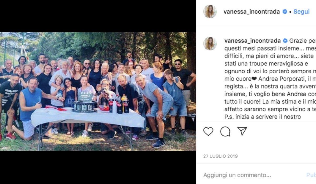 Foto della troupe di Come una madre fiction Rai, condivisa da Vanessa incontrada sul suo profilo Instagram ufficiale