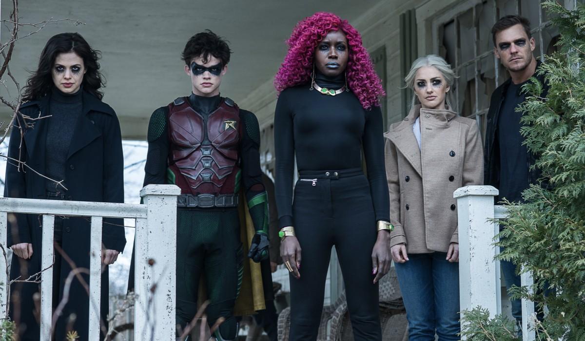 I protagonisti di Titans 2 in una foto di scena. Credits Netflix