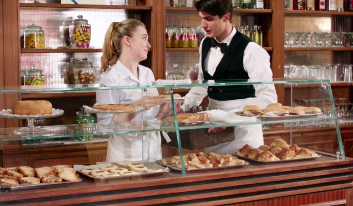 Il Paradiso delle Signore 4 Angela e Marcello in Caffetteria nella puntata 66 Credits RAI