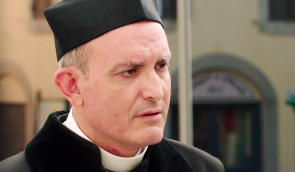 Il Paradiso delle Signore 4 Don Saverio nella puntata 58 Credits RAI