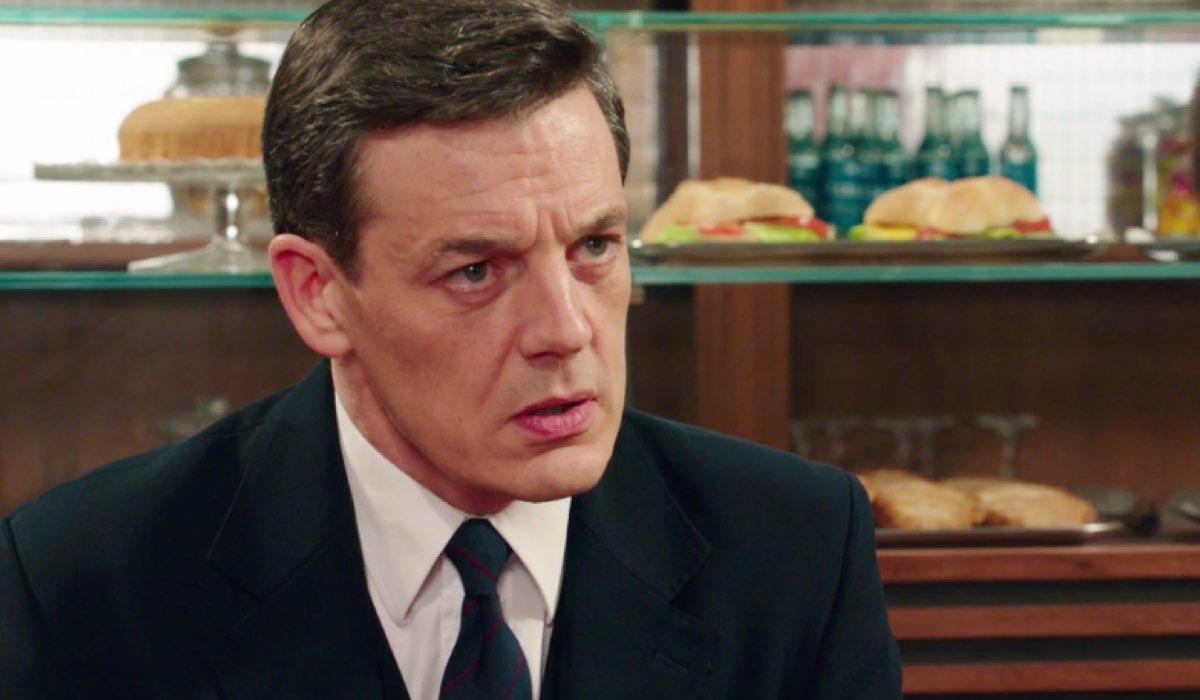 Il Paradiso delle Signore 4 Luciano Cattaneo interpretato da Giorgio Lupano nella puntata 82 Credits RAI