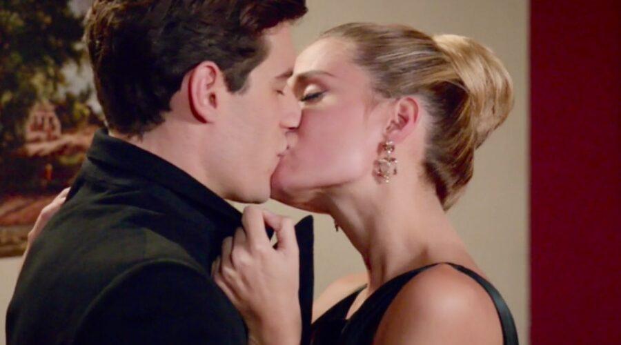 Il Paradiso delle Signore 4 Riccardo e Ludovica interpretati da Enrico Oetiker e Giulia Arena nella puntata 40 Credits RAI