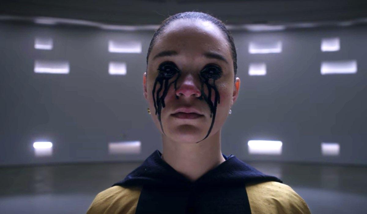 Jade Olieberg interpreta Rosa in un fotogramma di Ares episodio 8. Credits Netflix