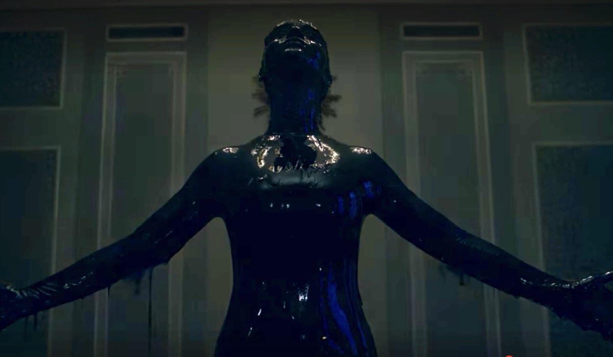 Jade Olieberg interpreta Rosa ricoperta di Beal in un fotogramma di Ares episodio 8. Credits Netflix