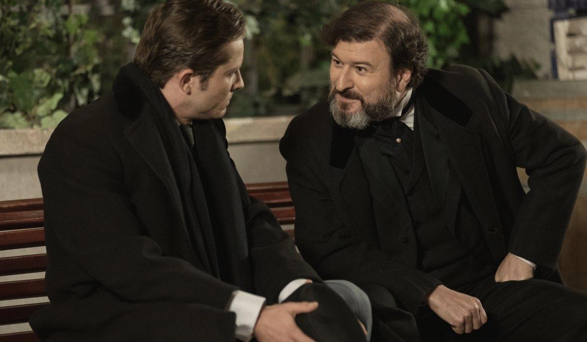 Samuel e Jimeno in Una Vita Credits Mediaset e Boomerang Tv