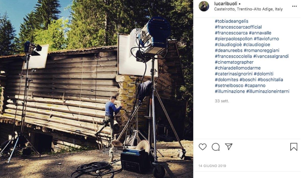 Foto sul set di Vite in fuga condivisa dal regista Luca Ribuoli sul account Instagram