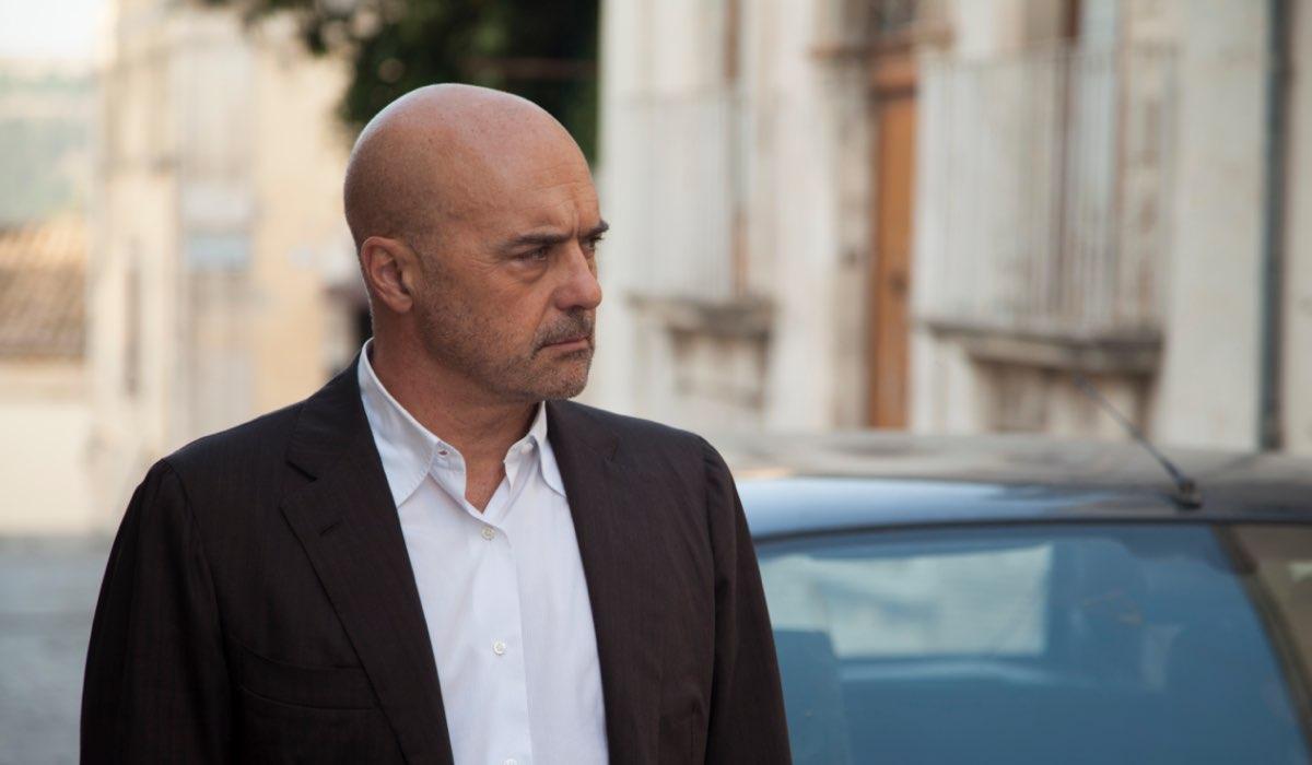 Il Commissario Montalbano 2020 Salvo Amato Livia Mia con Luca Zingaretti nel ruolo del commissario Montalbano Credits foto di Duccio Giordano e RAI
