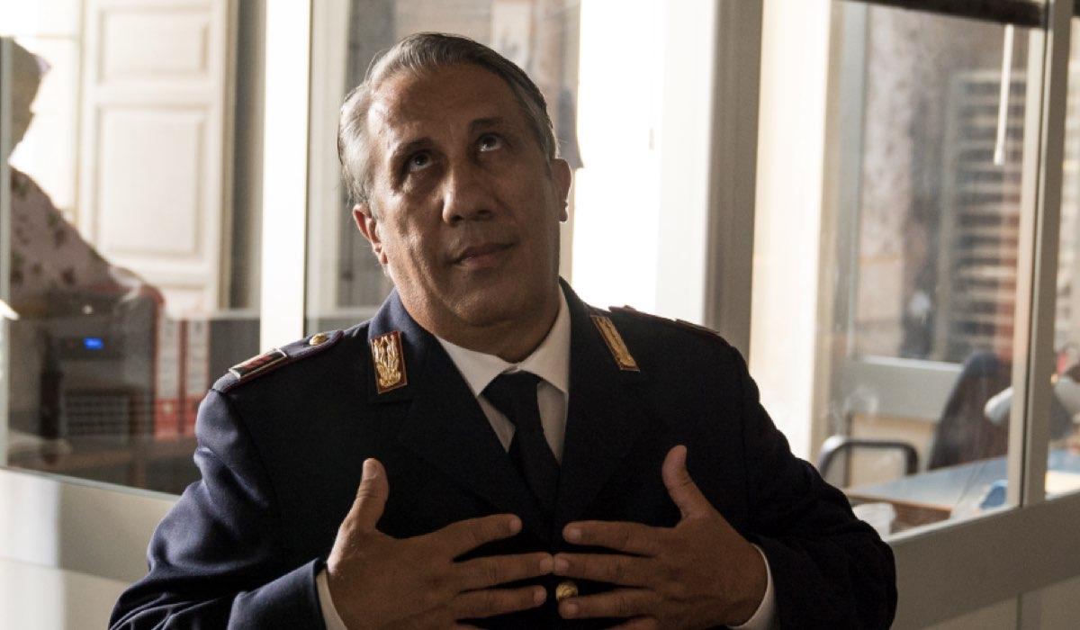 Il Commissario Montalbano Angelo Russo è Agatino qui nell'episodio Salvo Amato Livia Mia Credits foto di Duccio Giordano e RAI