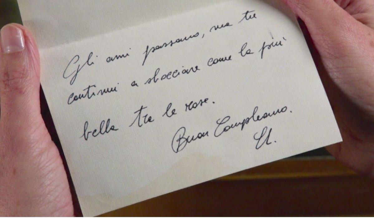 Il Paradiso delle Signore 4 Silvia Cattaneo interpretata da Marta Richeldi nella puntata 79 legge il primo biglietto scrittole da Umberto Credits RAI