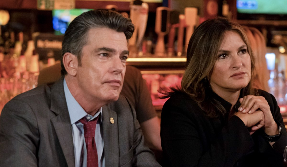 Law & Order 21 episodio 1, PETER GALLAGHER interpreta WILLIAM DODDS e MARISKA HARGITAY interpreta OLIVIA BENSON Credits Universal e Mediaset