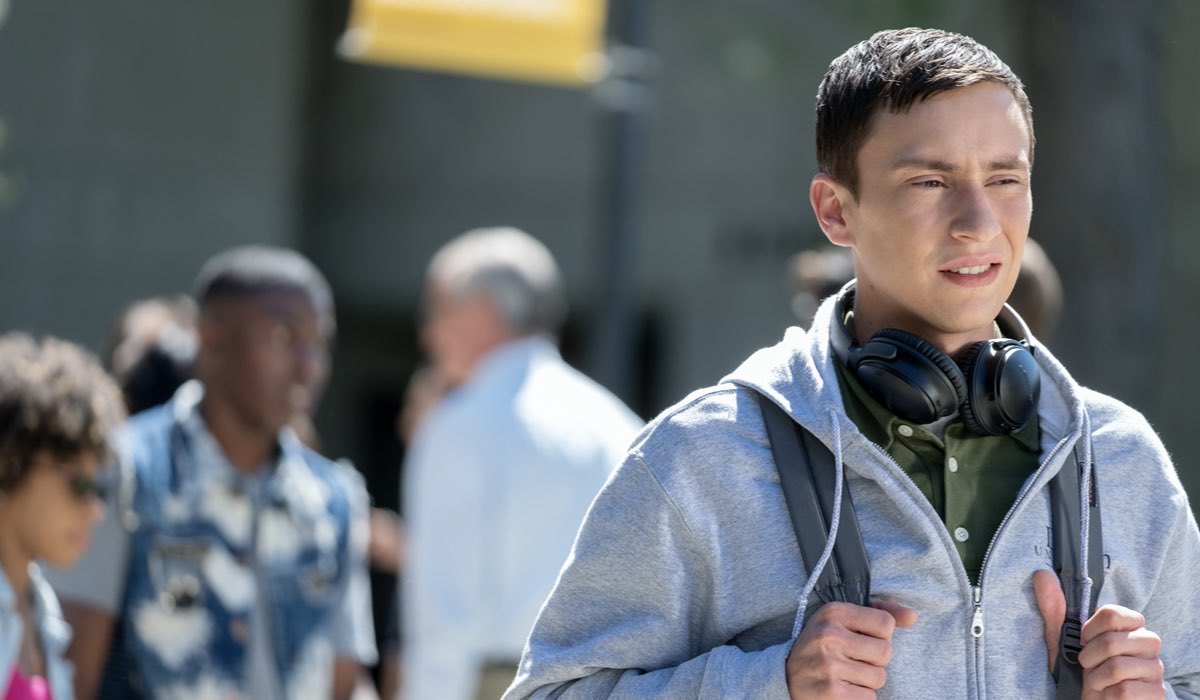 """Keir Gilchrist nei panni di Sam in """"Atypical"""". Credits: Beth Dubber/Netflix."""