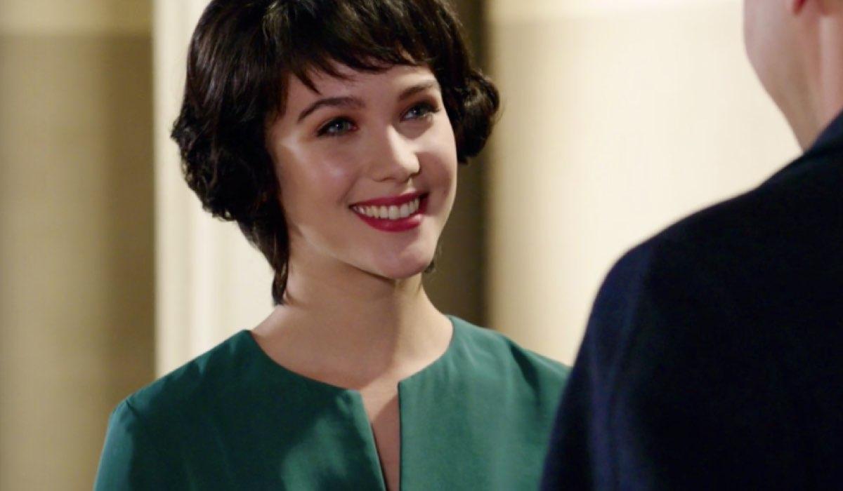 Il Paradiso delle Signore 4 Marina Fiore interpretata da Ludovica Coscione, qui nella puntata 66 mentre parla con Orlando Brivio Credits RAI