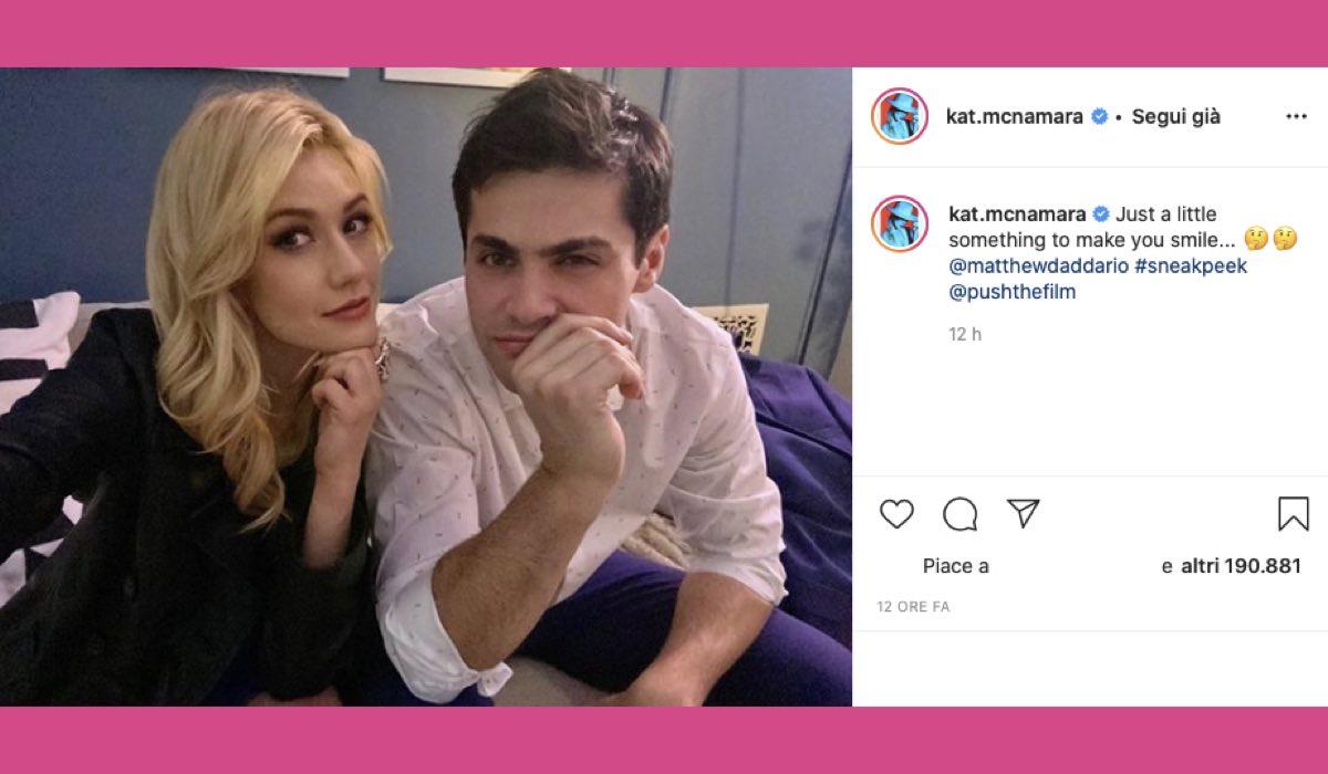 Kat McNamara e Matthew Daddario post Instagram credits @kat.mcnamara