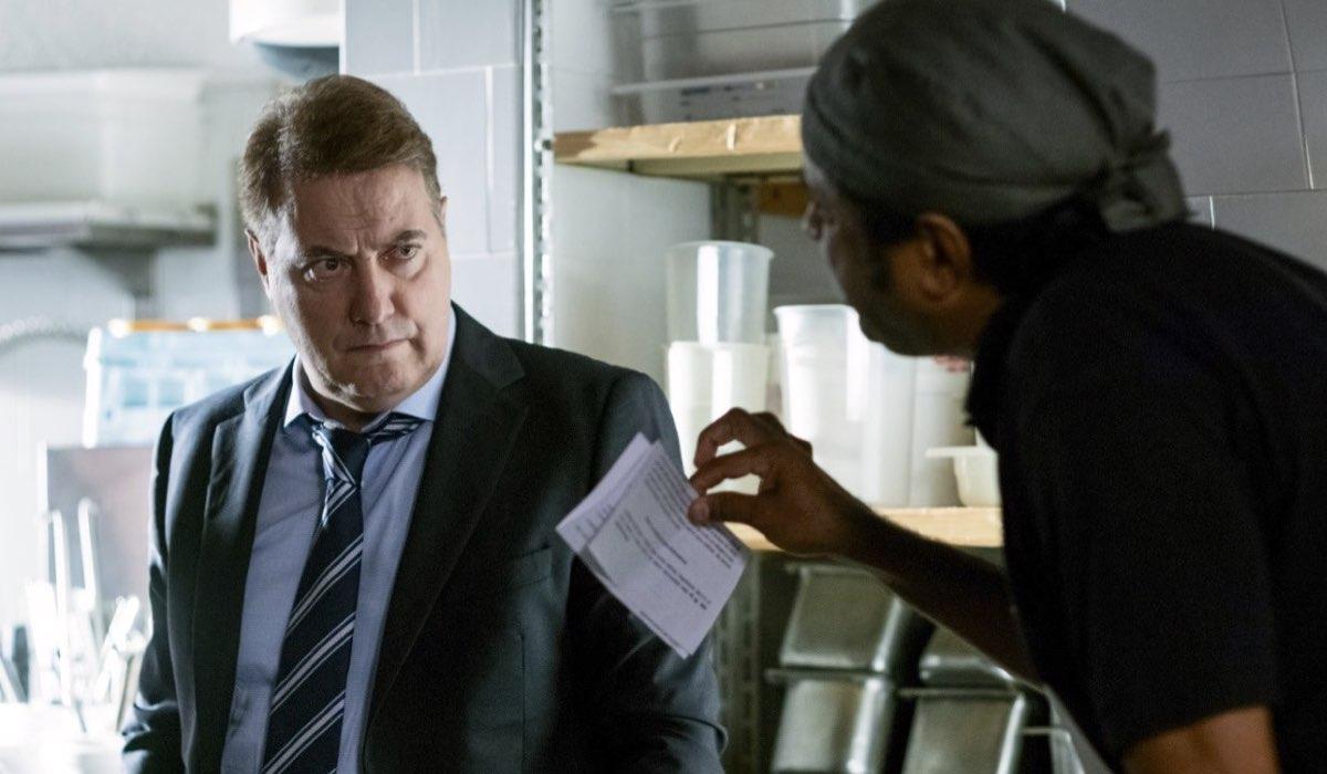 Corrado Guzzanti ritorna nelle storie de I Delitti del BarLume 6 stagione Credits SKY